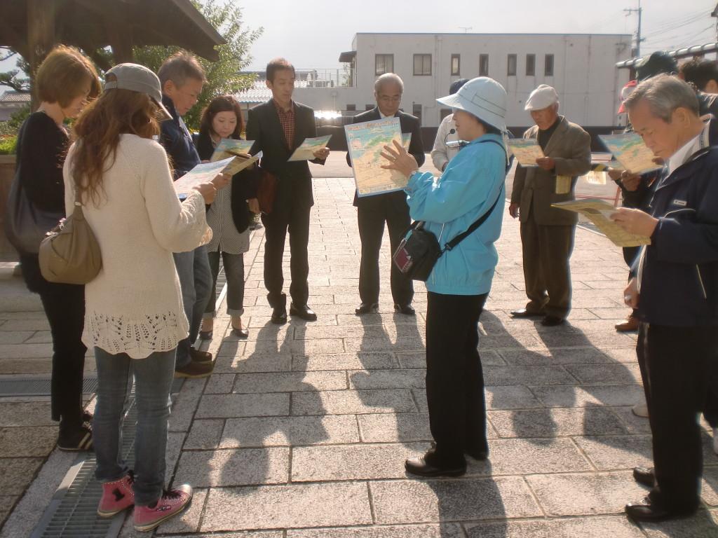 地元のガイドさんと一緒に近江八幡を散策しました。